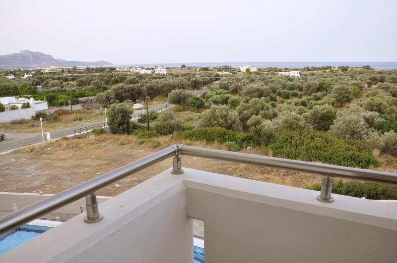 daniel-apartments-pool-14